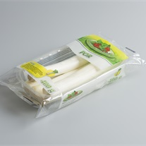 leek - plastic tray with flowpack film